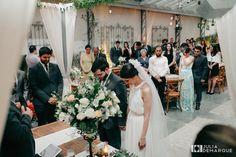 Casamento Intimista e Delicado em SP – Marinahttp://lapisdenoiva.com/casamento-intimista-marina-e-filipe/ Fotos: Julia Demarque