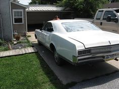 Used Oldsmobile Cars [Automobiles] with Unspecified model