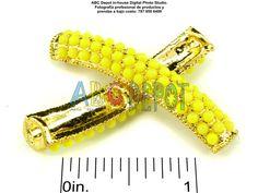 #Tubo #Conector de metal libre de plomo y níquel curvo de 42x8mm con perlas plásticas de colores #Neón. Bolsita con 1,  Código: TP4208