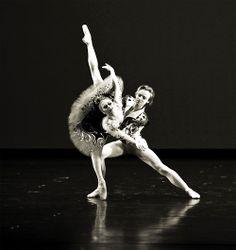 Natalia Domracheva and Daniil Simkin in Don Quixote