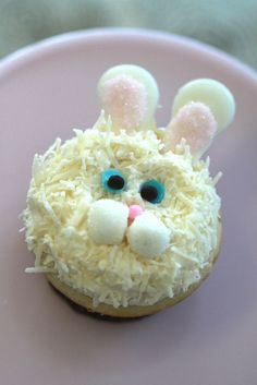 Easter Bunny Cupcake ~ photo only, cute idea!
