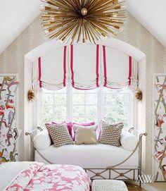 A blog about interior design, books, art, gardens, animals.........