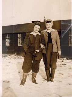 Pinners says: This is my gran (on the left) when she was in the land army, I love her style ~