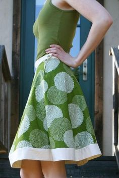 I wish I could sew... I'd make one for every day of the week. Instructions for a hemless A line skirt. I'm making several of these when I get home and have my sewing machine. I love A-line skirts!