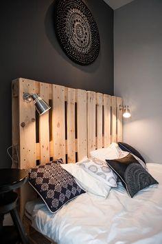 Dormitorios de estilo escandinavo de Raca Architekci