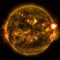 Soleil : la première éruption de 2015- 18 janvier 2015 - Sciencesetavenir.fr
