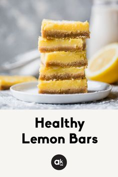 Healthy lemon bars that are gluten free, dairy free and paleo! You're going to LOVE these easy to make bars — they're great for parties. #lemonbars #summer #4thofJuly #paleo #dessert #glutenfree #dairyfree