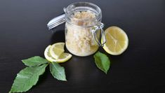 Erfrischende Hautreinigung: Salz Peeling selber machen - Paleo360.de