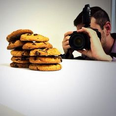 Behind the scenes at the #DecemberIssue feature shoot #VAMade @TogetherWeBake | On newsstands 11/28 | #cookies #nomnom #Alexandria