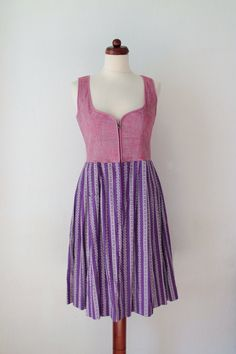 Vintage Dirndl Dress  1970s German von PaperdollVintageShop, €59.90