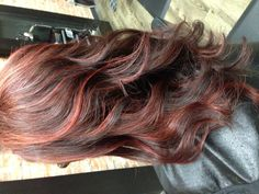 I want my hair color like this next week! Red hair/highlights