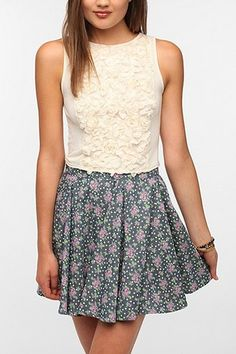 Urban Outfitters - Pins And Needles Rosette Crop Tank Top