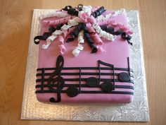 Musical cake - For a woman who love to sing and listening to music.