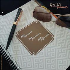 Nossa cliente Isabel Schinaider nos enviou essa linda foto do seu Daily Planner.  E você, já garantiu o seu? www.paperview.com.br #meudailyplanner #paperview_papelaria