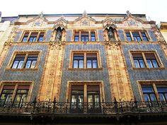 A 21 leggyönyörűbb budapesti épület | szmo.hu Hungary, Budapest, Mansions, House Styles, City, World, Beautiful, Home, Beauty