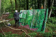 Hockney painting outdoors. (photo by Jean Pierre Goncalves de Lima, © David Hockney)