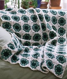 Granny Motif Mania Throw