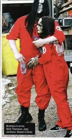 Joey Jordison and Mick Thompson || Slipknot
