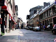 Rue Saint-Paul, dans le Vieux-Montréal