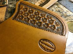 Buck 110, Leather Craft, Knives, Zip Around Wallet, Tools, Wood, Leather, Leather Crafts, Instruments