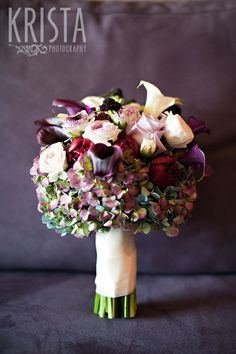 Fall wedding with purple flowers