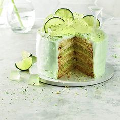 Gin & Tonic Layer Cake. #pinkstergin #boozydesserts #gin