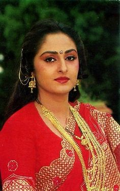 Vintage Bollywood, Indian Bollywood, Bollywood Stars, Bollywood Cinema, Indian Actress Images, South Indian Actress, Indian Actresses, Actress Photos, Beautiful Girl Indian