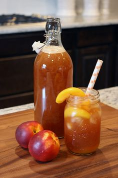 Homemade Peach Tea Recipe {For Chic Sake}-for travis Refreshing Drinks, Summer Drinks, Fun Drinks, Beverages, Cocktails, Non Alcoholic Drinks, Milk Shakes, Tea Recipes, Cooking Recipes
