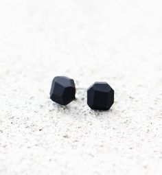 black geo earrings by amerrymishap on Etsy