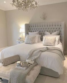 47 Stylish Master Bedroom Design Ideas Budget is part of Serene bedroom - There are many different master bedroom designs and styles As with any room, think of the ways you envision using […] Serene Bedroom, Master Bedroom Design, Beautiful Bedrooms, Dream Bedroom, Home Decor Bedroom, Bedroom Designs, Bedroom Layouts, Budget Bedroom, Stylish Bedroom