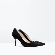 Image 2 of HIGH HEEL LEATHER COURT SHOE WITH POINTED TOE from Zara