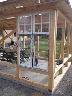 X Integritet och cookies Carport Plans, Pergola Plans, Shed Plans, Old Window Greenhouse, Diy Greenhouse, Backyard Sheds, Backyard Retreat, Cordwood Homes, Old Window Projects