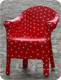 fauteuil en papier mache