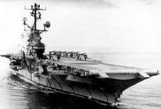 Essex Class, Uss Intrepid, Submarines, Aircraft Carrier, Us Navy, Battleship, Warfare, Boats, Sailing