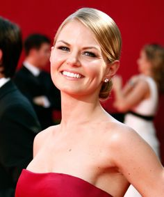 'Once Upon A Time' star Jennifer Morrison will be joining the 'This Is Us' cast for season 4 — but you probably won't recognize her. Hair A, Her Hair, Jennifer Morrison Hair, Kristin Ritter, Most Attractive Female Celebrities, Blonde Actresses, Leg Tattoo Men, Bright Blonde, Brunette Beauty