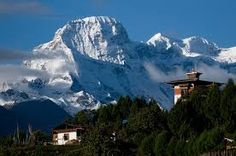 Bhutan Bhutan is one of the most cultural countries in the world. It is also home to the world's highest unclimbed peak, Gangkhar Puensum. Bhutan, Best Resorts, Best Hotels, Amazing Destinations, Travel Destinations, Travel Alone, Solo Travel, Travel Tips, Countries Of The World