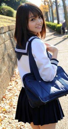 Japanese School Uniform Girl, School Girl Japan, School Uniform Girls, Girls Uniforms, High School Girls, Japan Girl, School Uniforms, Beautiful Japanese Girl, Beautiful Asian Women