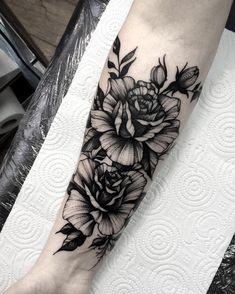 Blackwork floral forearm tattoo by .- Blackwork floral forearm tattoo by More - Forarm Sleeve Tattoo, Forearm Flower Tattoo, Forarm Tattoos, Rose Tattoos, Flower Tattoos, Body Art Tattoos, Hand Tattoos, Sleeve Tattoos, Tattoo Floral