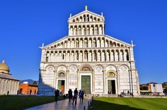 Pisa is a city full of Italian culture, buildings, parks and statues as well as delicious pizza and gorgeous gelato. The top things to do in Pisa. Stuff To Do, Things To Do, Pisa Italy, Hostel, Cathedral, Tower, Mansions, House Styles, City