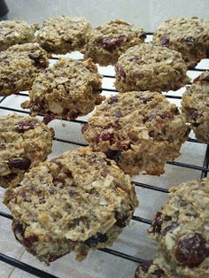 Breakfast Cookies (because they're healthy but taste like a cookie!)