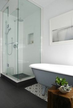 Vote for the Best Bath in the Remodelista Considered Design Awards: Amateur Category Dream Bathrooms, Amazing Bathrooms, Family Bathroom, Master Bathroom, Bathroom Wall, Jacuzzi, Pottery Barn, Bathroom Design Small, Bathroom Ideas