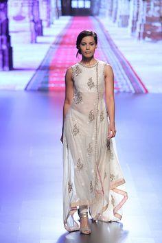 By designer Anushree Reddy. Shop for your wedding trousseau, with a personal shopper & stylist in India - Bridelan, visit our website www.bridelan.com #Bridelan #anushreereddy #lakmefashionweek