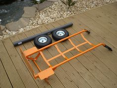 OK firstly this is not my idea, loads of people have done this before on other sites this is just to help people who might want to make a cheap home made trolley for their yak. Its so simple, even a monkey like me managed it – although I did need help from Sam to ...