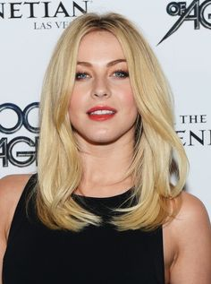 Julianne Hough Hairstyle : Blunt Medium Straight Haircuts for Blonde Hair