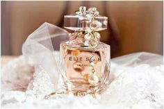 Elie Saab Le Parfum woda perfumowana dla kobiet http://www.iperfumy.pl/elie-saab/le-parfum-woda-perfumowana-dla-kobiet/