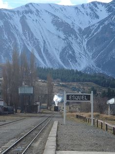 Esquel, Argentina - Estación de La Trochita Patagonia, Beautiful World, Beautiful Places, Places To Travel, Places To Visit, Ushuaia, Nice View, Vacation Spots, Wonders Of The World