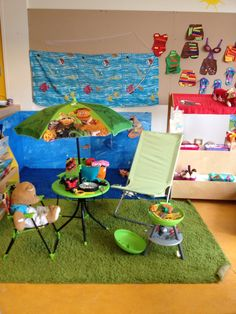 De zee en de camping , mijn klas 2013 Summer Is Here, Summer Time, Dramatic Play Area, Camping Theme, Eyfs, Pretend Play, School Projects, Activities For Kids, Kindergarten