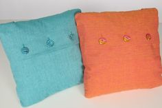 Make a basic pillow with button accents