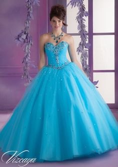 Find More Quinceanera Dresses Information about 2016 New Sweetheart A Line Quinceanera Dresses with Crystal Beading Sequined Sweet 16 Dresses Vestidos De 16 Party Gowns Q79,High Quality Quinceanera Dresses from Julia wedding dress co., LTD on Aliexpress.com