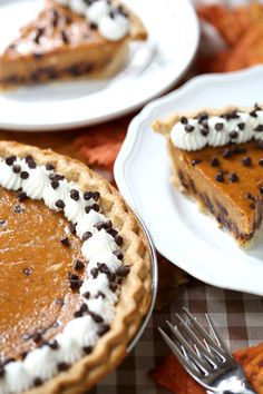 Try this easy and totally delicious homemade recipe for chocolate chip pumpkin pie from Pizzazzerie.com!